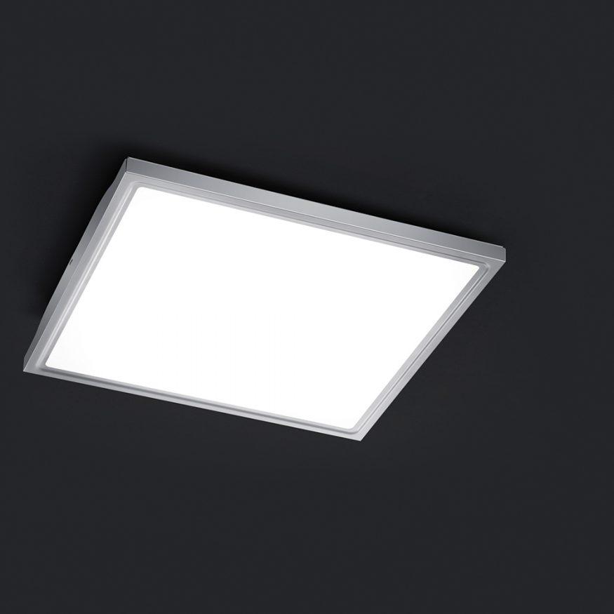 deckenlampe mit hellem led licht in k che bad stube. Black Bedroom Furniture Sets. Home Design Ideas